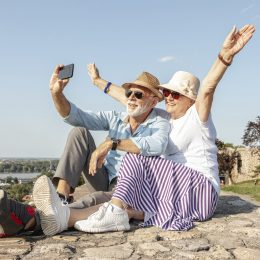 Медицинское страхование от 65 лет: как это работает