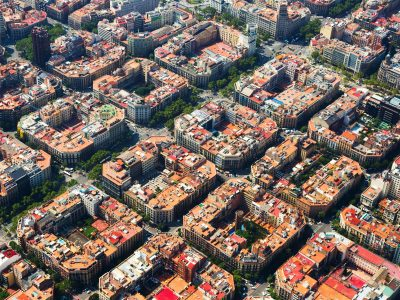 Why subscribe to an insurance through an insurance broker in Barcelona?